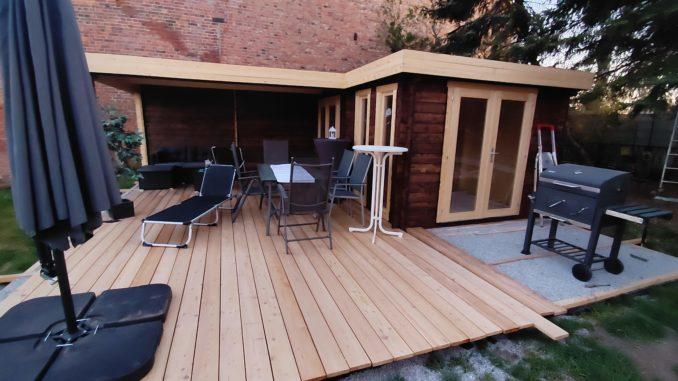 Gartenhaus mit Terrasse - fast fertig